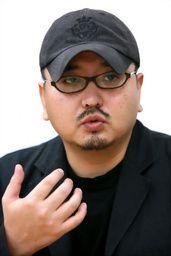 """Takimoto Tomoyuki, réalisateur japonais du film """"Mer d'arbres"""", qui involontairement augmenta le nombre de morts suite à sa trouvaille dans la forêt"""