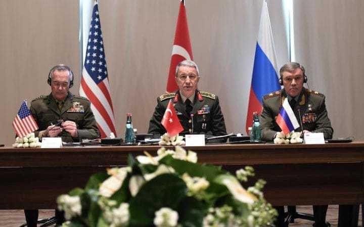 Réunion des chefs d'État-major américain, turc et russe à Antalya (Turquie) le 07/03/2017.