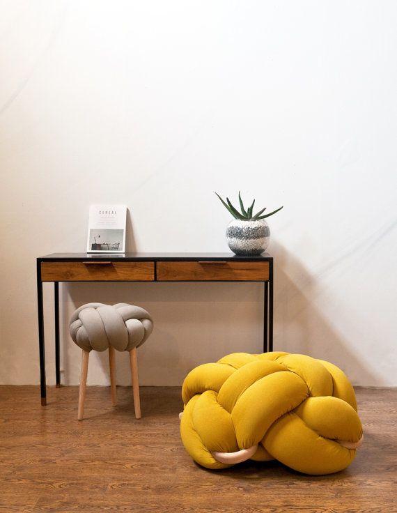 Wishlist : coussin de sol Knot Studio
