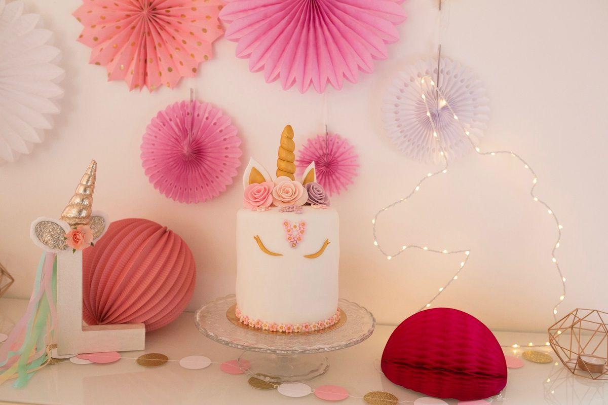 notre anniversaire licorne pompons