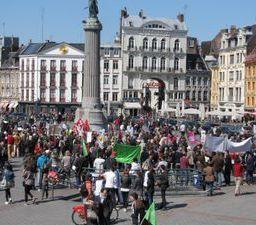 Stop TAFTA: Déambulation dans le centre de Lille samedi 18 avril après midi