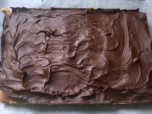 Les petits carrés gourmands caramel et chocolat