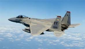 Vers des combats aériens étatsuno-russes en Syrie ? Les Etats-Unis déploient des F-15 en réponse au déploiement des Su-30 russes