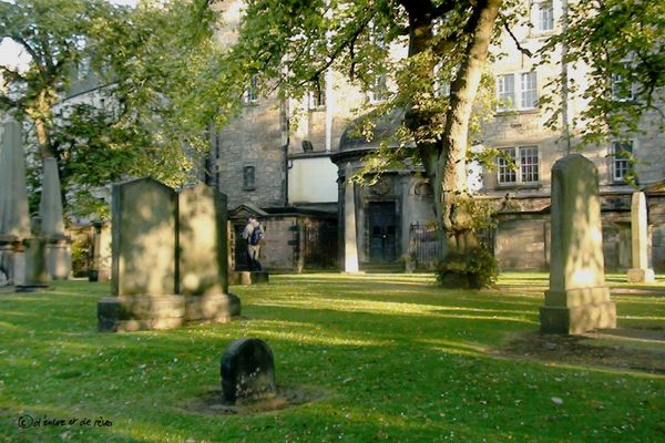 Balade Littéraire #14 : A l'origine de Harry Potter : The Elephant House & Greyfriars Kirk - Edimbourg (Ecosse) + VIDEO