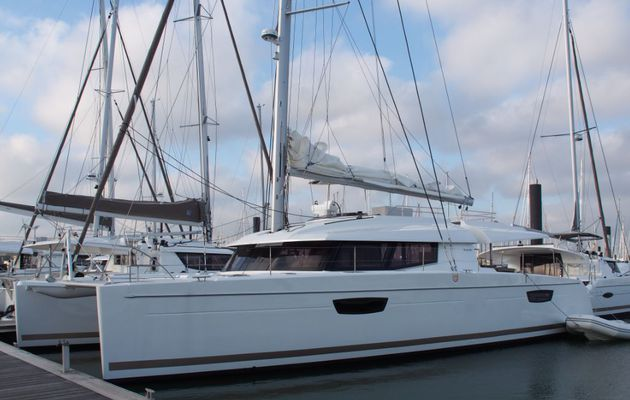 Fiche Bateau Amp Vido Sanya 57 Le Catamaran Haut De