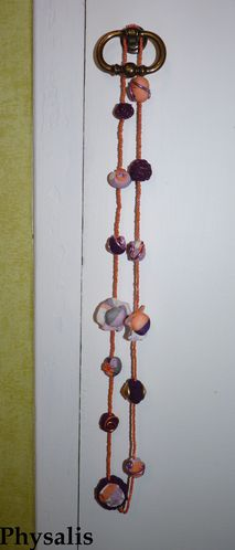 collier tissu orange violet