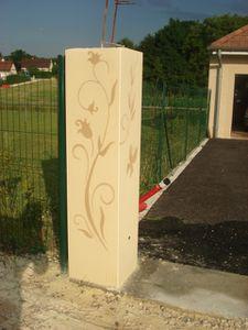 enduit decoratif sur piliers de portails