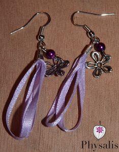 boucle d'oreille ruban violet v2
