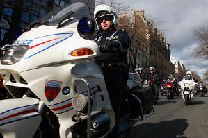 policemoto402654888-9bc72a4f5d.jpg