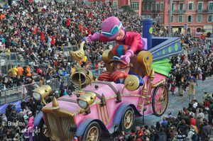 carnaval-jour-Nice-19022012-094--c-Brigitte-Lachaud-.JPG