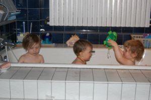 la-triplette-dans-le-bain.jpg