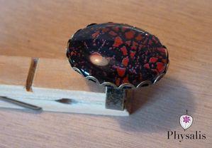 bague cabochon papier rouge noir