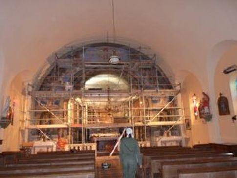 P1110989 Restauration de l'arc triomphal de l'église de Seuzey