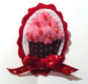 Broche Cupcake Rose clair