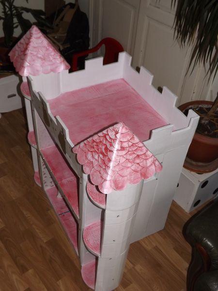 MaisoneuhChteau De Barbie En Carton Le Blog