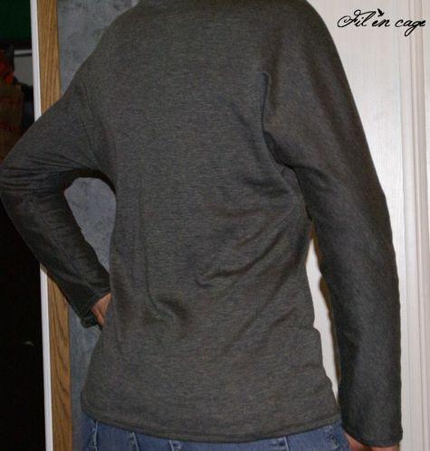 Tee-shirt ML Burda 09-2011 N°108 (571 x 600)