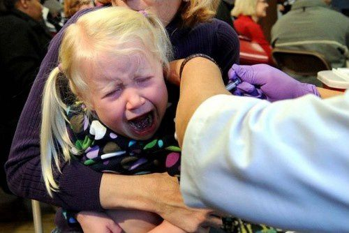 Petite-fille-vaccinee--Le-veilleur-.jpg