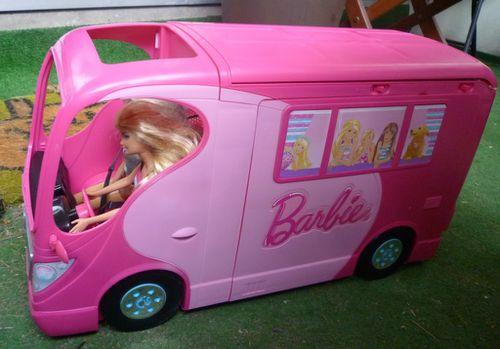 Voyage En Camping Car Avec Barbie Nipette