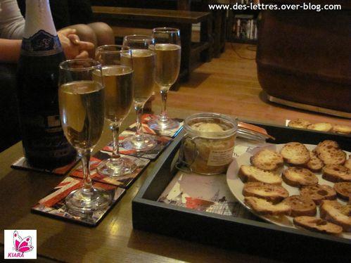 Champagne-foie-gras.jpg