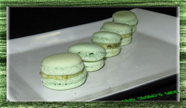 macarons-pistaches.jpg