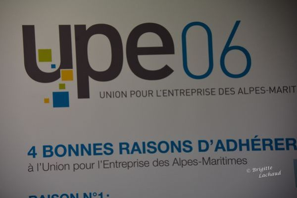 Upe06-voeux-