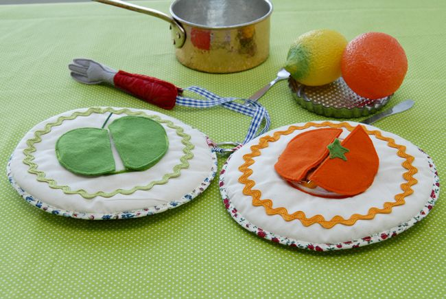 livre en tissu assiette de fruit
