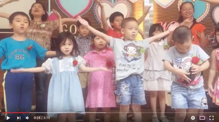 【找愛優吐】母親節小朋友們獻上可愛的舞蹈