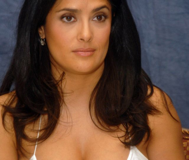 Salma Hayek Nude Boobs On Press Conference