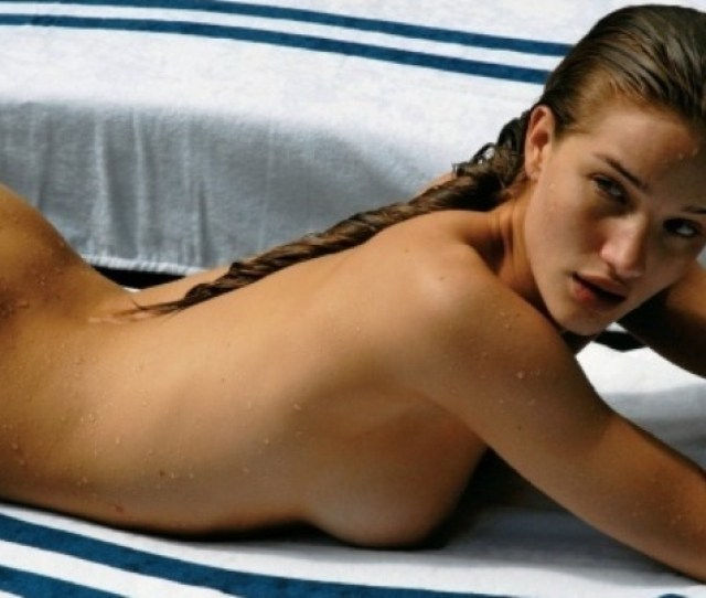 Rosie Huntington Whiteley All Nude And Wet