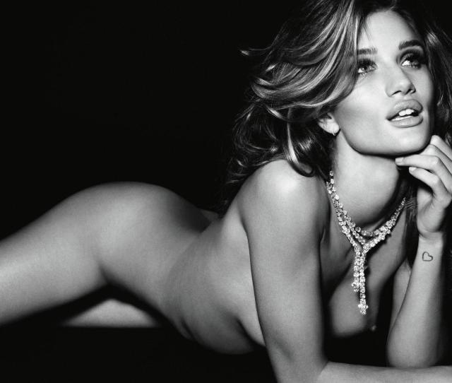 Rosie Huntington Whiteley Nude And Gorgeous