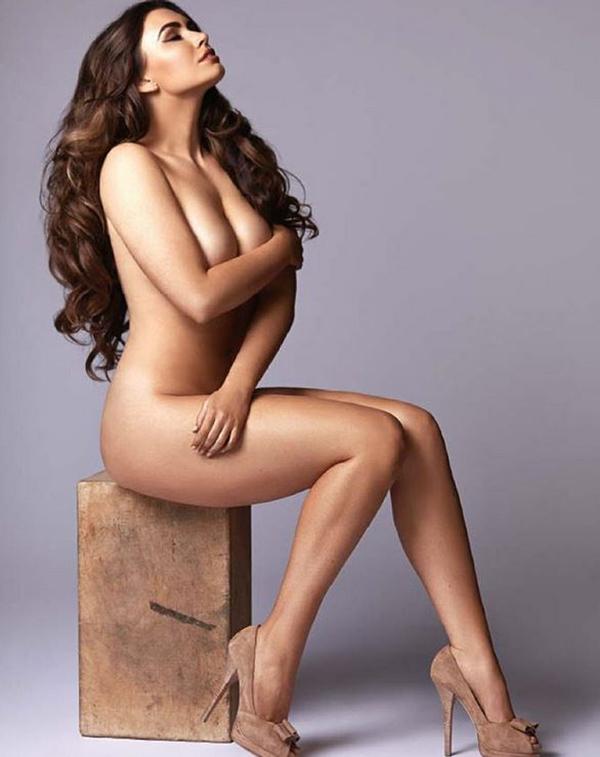 Sophie Simmons Nude : sophie, simmons, Sophie, Simmons, Posing