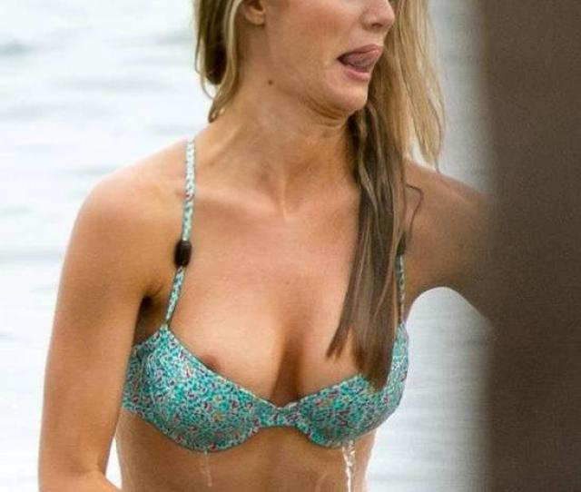 Brooklyn Decker Nude Nipple Slip On The Beach