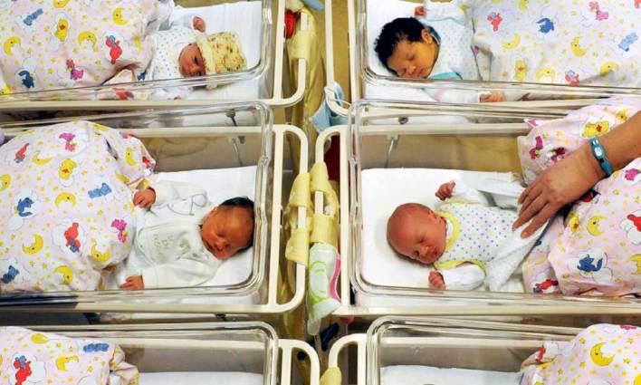 Yanlış Anne-Babaya Verilen Bebekler!