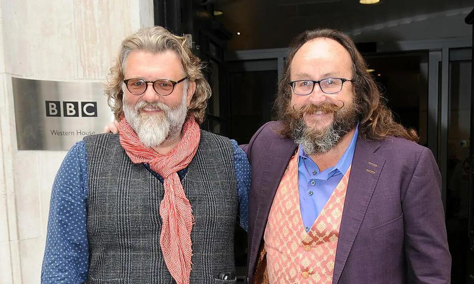 Hairy bikers go north star si, 54, who proposed to michele in 2019, is thought to have called time on their. Hairy Bikers star Si King 'splits from Australian fiancée ...