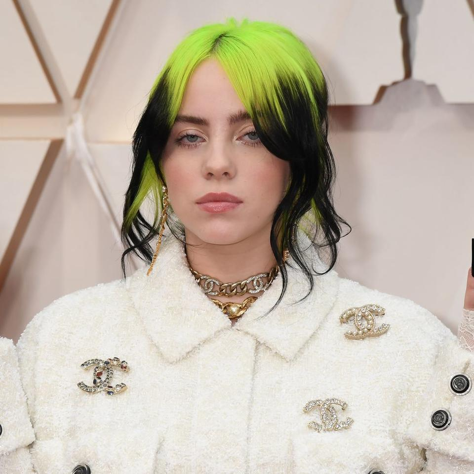 Billie Eilish Bleached Her Hair And Is Now 100% White ...