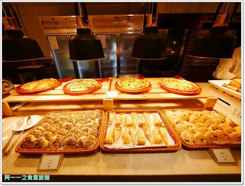 臺北凱達大飯店 百宴自助餐廳 晚餐buffet~螃蟹烤生蠔吃到飽,萬華車站旁 - 阿一一之食意旅遊