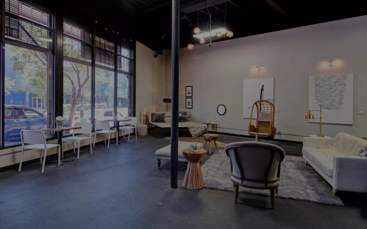 Rent a baby shower venue in Chicago, IL