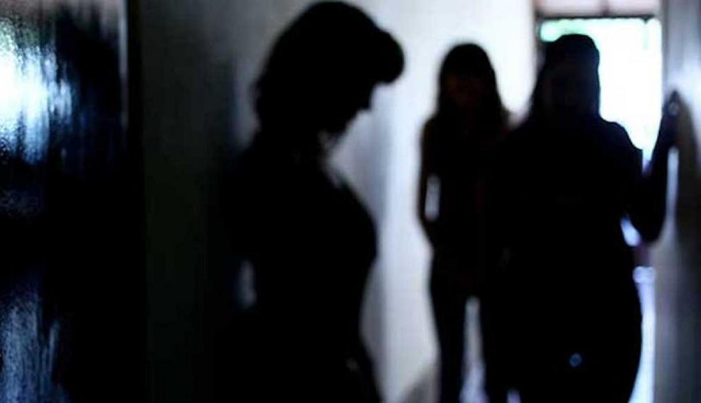Madre de Dios Mujer obligaba a su hija de 13 aos a prostituirse por delivery  Foto 1 de 3