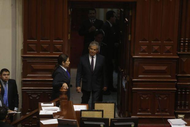 El premier Villanueva no leyó un texto durante su sustentación. (Mario Zapata/Perú21)