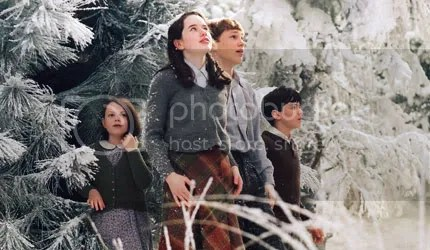 The Narnia Kids - The Pevensie Siblings from L to R - Lucy,Susan,Peter & Edmund (My fave)