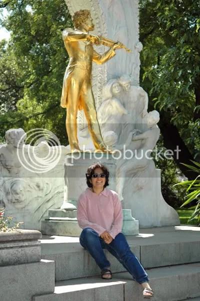 Photos from Johann Strauss sculpture in Vienna by Arun Shanbhag