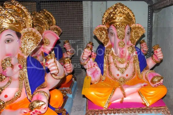 Picture photograph of Ganapati murthy, Ganesh utsav murthy Dagdu sheth during Ganesh Chaturthi by Arun Shanbhag