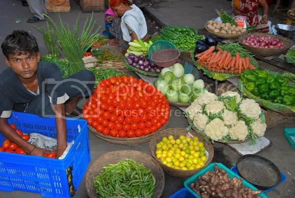 Picture of fresh fruits and vegetables at Colaba Vegetable Market Mumbai by Arun Shanbhag
