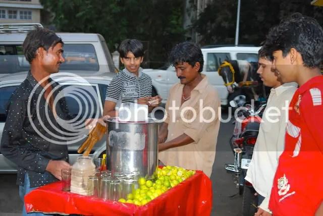 pics of Limbu paani wallah lemonade seller at the Gateway of India by Arun Shanbhag