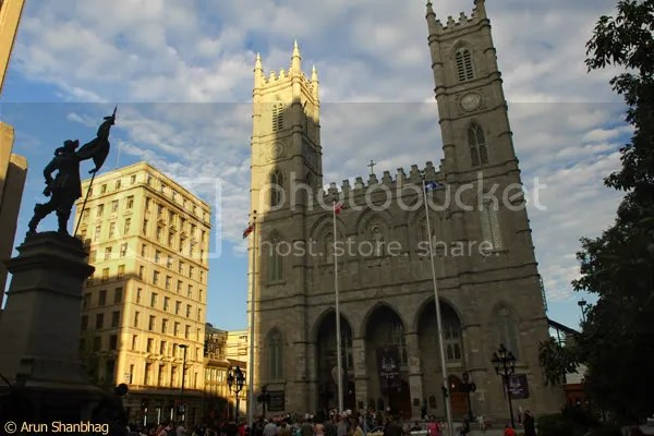 Basilique Notre Dame Montreal Canada pics by Arun Shanbhag