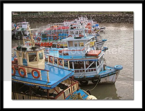 Pics of boats docked at the Gateway of India Mumbai by Arun Shanbhag