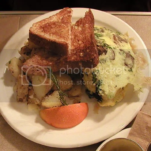 Picture of Mushroom Spinach Omelette, Diner in Calgary Canada by Arun Shanbhag