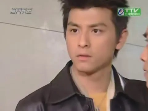 Tang Feng as the dashing yet sinister Duan Yan Hao
