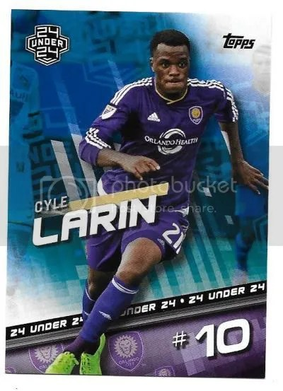 photo larin16toppsblue1_zpswy0z1tcy.jpg