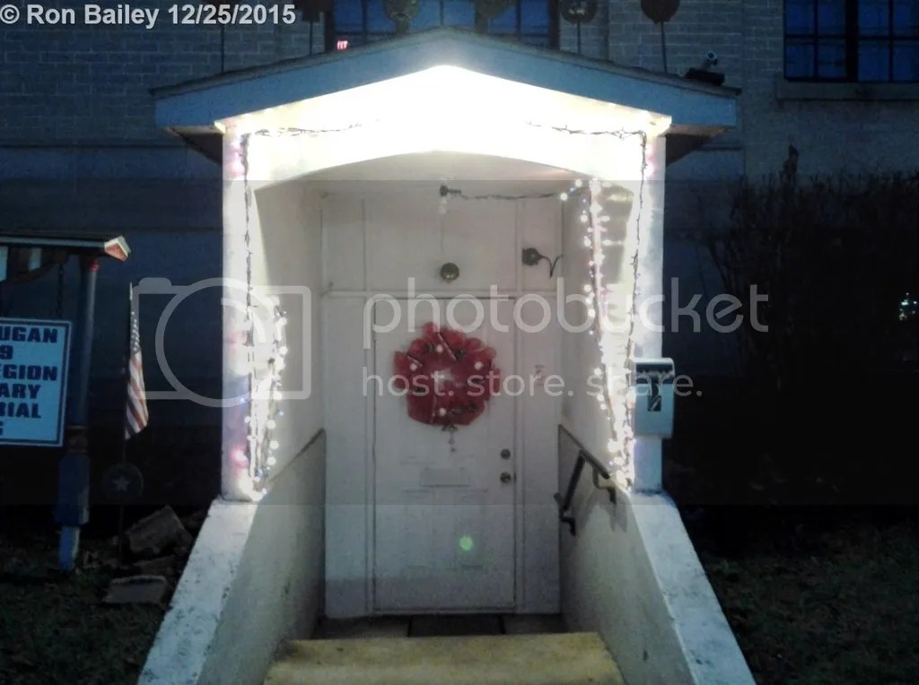 American Legion Side Door Closeup 12-25-15 photo IMG_20151225_172740 1280x955 Mark.jpg